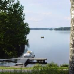 Badesee am Haus für Kinder und Jugendreisen Greagarden in Schweden.