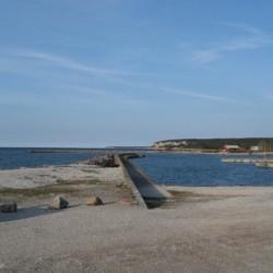 Umgebung vom schwedischen Freizeitheim Gustavs Sommargard am Meer für Jugenfreizeiten