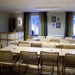 Speisesaal im Gruppenhaus Idrottsgården i Flen in Schweden.