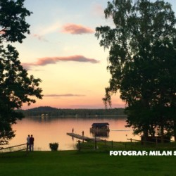Der See am Freizeitheim Majblommegården in Schweden.