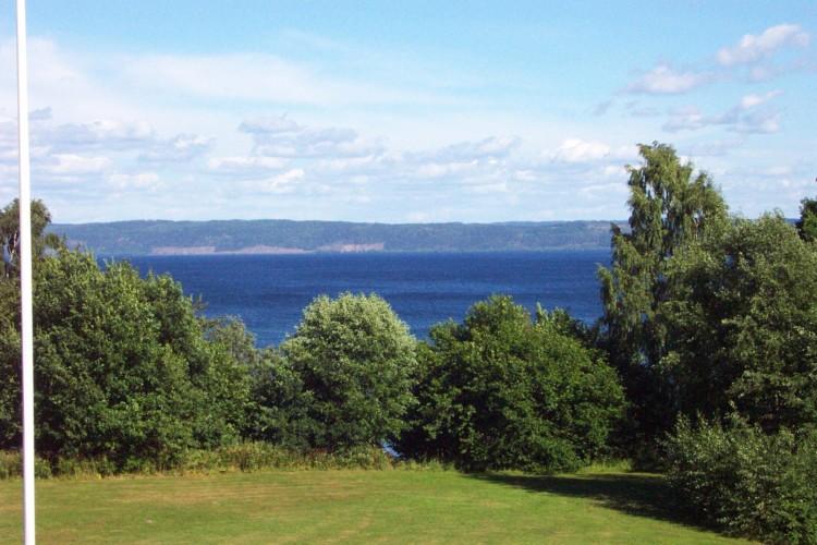 Die Aussicht vom Gruppenhaus Munkasgog in Schweden.