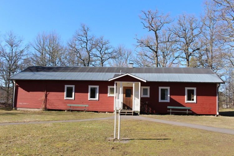 Schlafhütten für Jugendfreizeiten im schwedischen Freizeitheim direkt am See Östgötagården