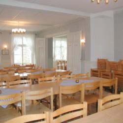 Der Speisesaal des Gruppenhauses Sjöhaga in Schweden.