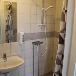 Die Sanitäranlagen im schwedischen Freizeitheim Sjöhaga.