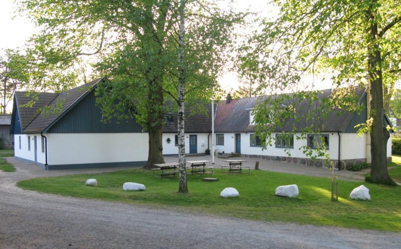 Das schwedische Freizeithaus Tygegården nahe am Meer für Kinder und Jugendreisen.