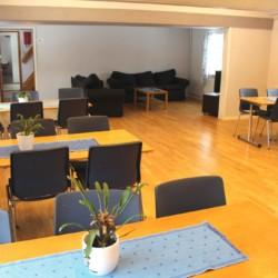 Speisesaal im schwedischen Gruppenhaus Tygegården für Kinder und Jugendfreizeiten.