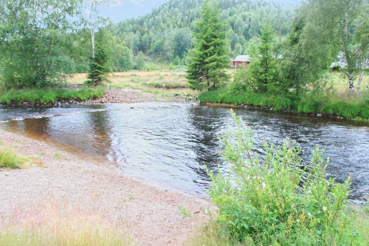 Umgebung vom norwegischen Gruppenhaus Vatnar Leirsted