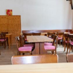 Der Speisesaal im Freizeitheim Waldhof in Österreich.