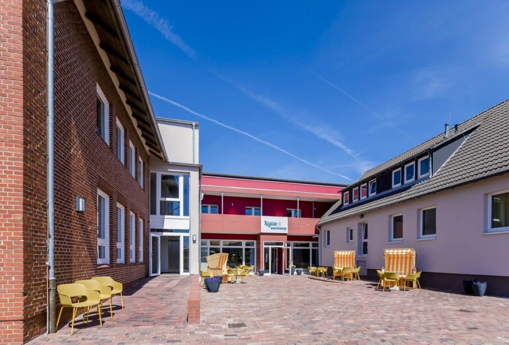 Außengelände des barrierefreien Gruppenhauses Kajüte auf Langeoog an der Noordsee