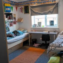 Die Zimmer des Gruppenhauses Frostruphave in Dänemark.