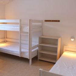 Mehrbettzimmer im dänischen Freizeitheim Rolandhytten