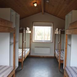 Stockbetten im 8er Zimmer im dänsichen Gruppenhaus Trevaeldcentret