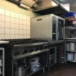 Profi-Küche für große Gruppen im dänischen Freizeitheim Trevaeldcentret
