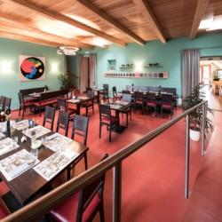 Barrierefreier Speisesaal im Freizeithaus Hotel Masatsch in Italien.