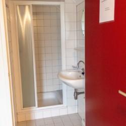 Badezimmer im Gruppenhaus ImminkBrink in den Niederlanden für behinderte Menschen
