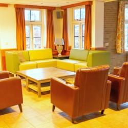 Gruppenraum für behinderte Menschen im Gruppenhaus ImminkOpkamer in den Niederlanden