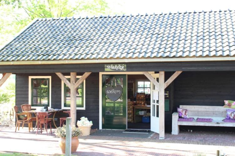 Der Souvenirladen im niederländischen handicapgerechten Gruppenhaus ImminkOpkamer für Menschen mit Behinderung.