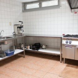 Gruppenküche im niederländischen Gruppenhaus Kwartjesberg