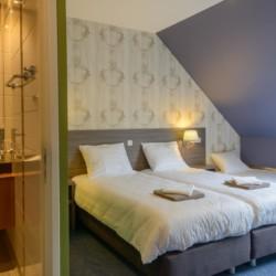 Badezimmer im rolligerechten Gruppenhaus Suyderzee in den Niederlanden