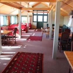 Speise- und Aufenthaltsraum im norwegischen Gruppenhaus Utsikten