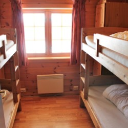 4 Bett Zimmer mit Etagenbetten im norwegischen Gruppenhaus Utsikten