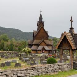 Stabkirche Heddal beim norwegischen Gruppenhaus Blestølen Leirsted