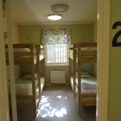 Die Vierbettzimmer im schwedischen Freizeithaus Bovik Lägergård.