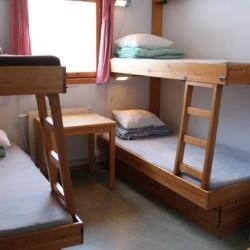 Ein Zimmer im schwedischen Freizeitheim Gläntan.