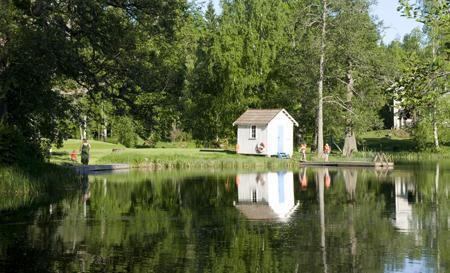 schwedisches Gruppenhaus Kåfalla Herrgård am See für Jugendfreizeiten