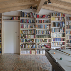 deba Gruppenraum im Luftschloss vom Abenteuerdorf Wittgenstein im Sauerland für Menschen mit Behinderung