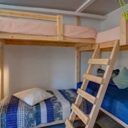 Haus am See im griechischen Feriencamp Strandlodge direkt am Mittelmeer für Menschen mit Behinderung