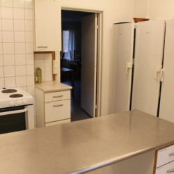 Die Küche für Selbstversorger im Gruppenhaus Ängögården in Schweden