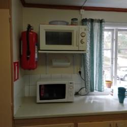 SEEN_5K_2 Die Küche im Gruppenhaus Ensro Lägergård in Schweden.