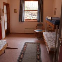 Barrierefreies Zimmer im Freizeitheim Ognatun für Jugendliche in Norwegen