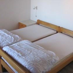Doppelzimmer im kroatischen Gruppenhaus am Mittelmeer in Novi Vidolski