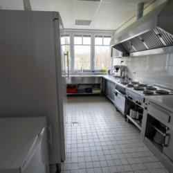 Küche im Winterberger Tor im Sauerland für behinderte Menschen und Rollstuhlfahrer