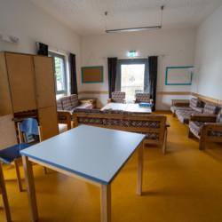 Gruppenraum im barrierefreien Gruppenhaus Krekel für behinderte Menschen und Kinderfreizeiten