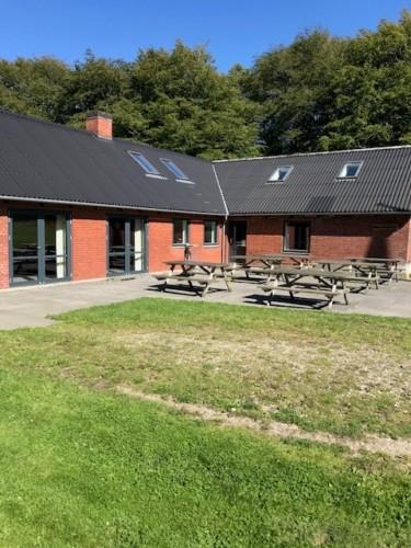 Das dänische Gruppenhaus für Jugendfreizeiten Skovhuset