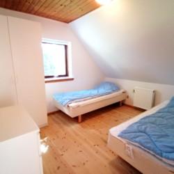 Die Doppelzimmer des Freizeithauses Skovly Langeland in Dänemark.