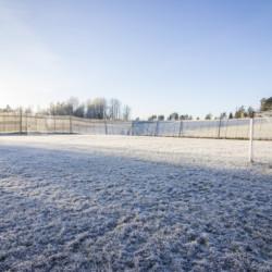 Fußballplatz am Freizeitheim für Jugendgruppen in Norwegen